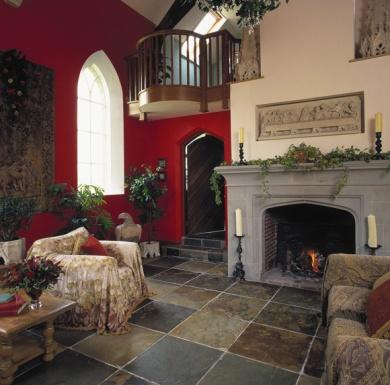 Gothic-Living-Room-Decor